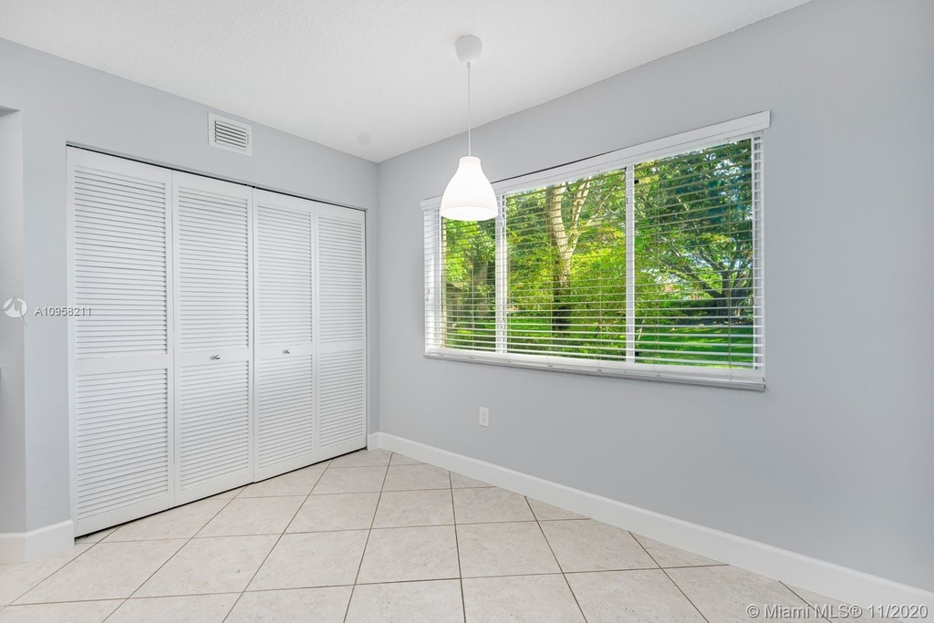 9228 Nw 9th Ct - Photo 17