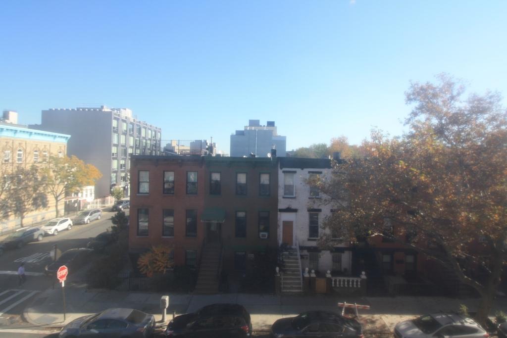Patchen Avenue and Lexington Ave - Photo 11
