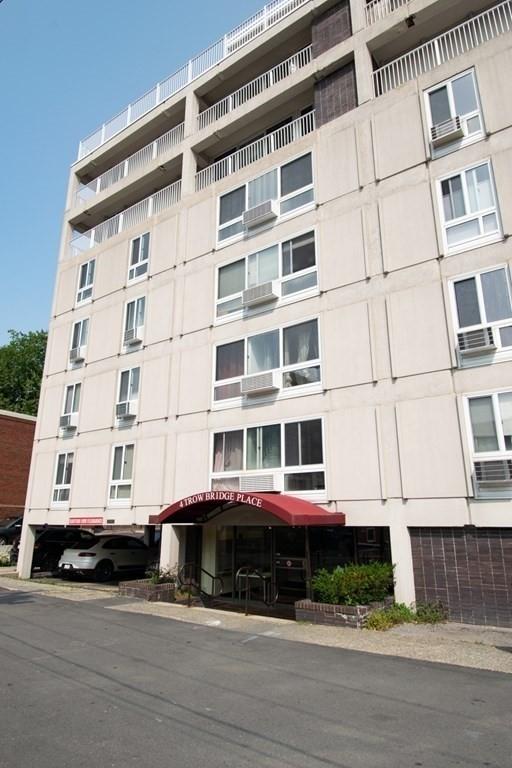 4 Trowbridge Place Unit 4a - Photo 0