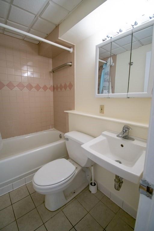 4 Trowbridge Place Unit 4a - Photo 8