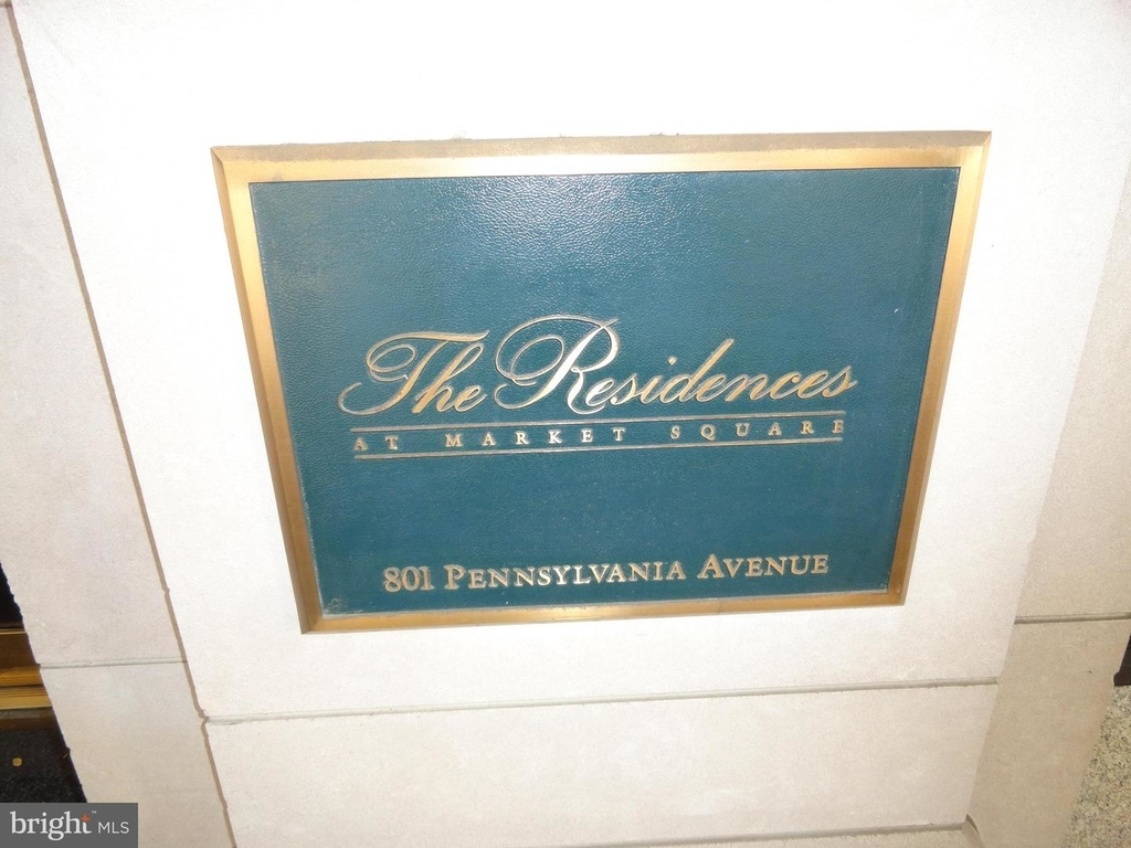 801 Pennsylvania Ave Nw #1227 - Photo 2