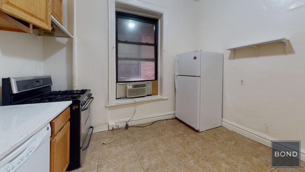 217 West 106th Street - Photo 4