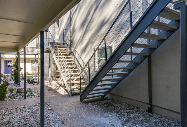 2902 Douglas Avenue - Photo 4