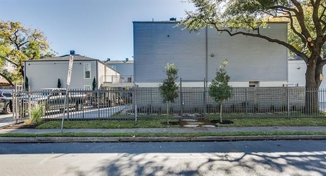 2902 Douglas Avenue - Photo 9