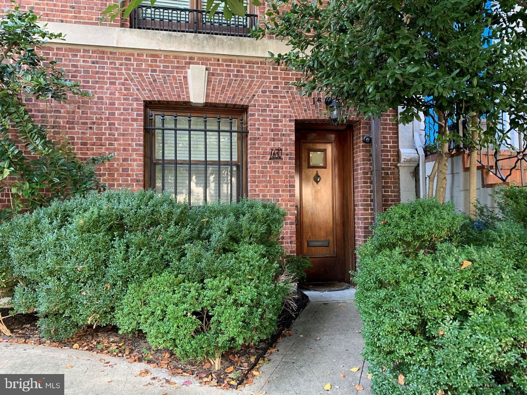 1630 21st Street Nw - Photo 0