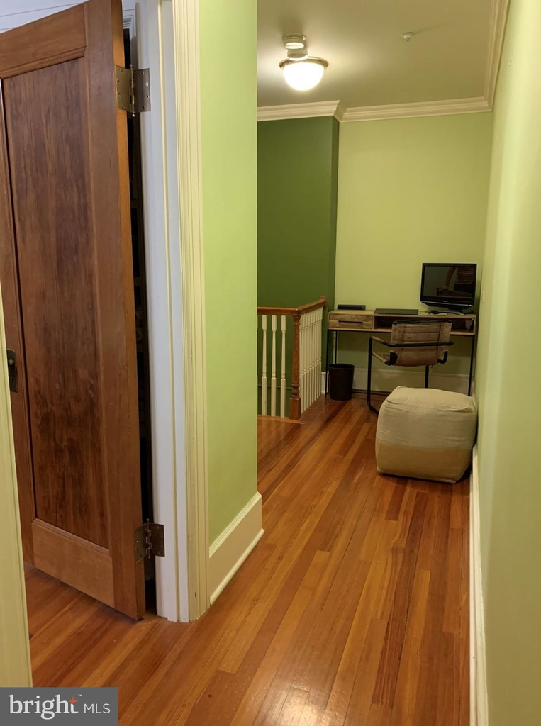 1630 21st Street Nw - Photo 3