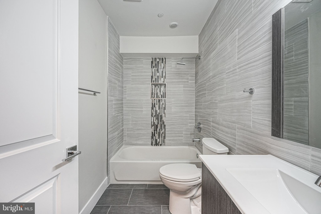 1070 N Front Street - Photo 13