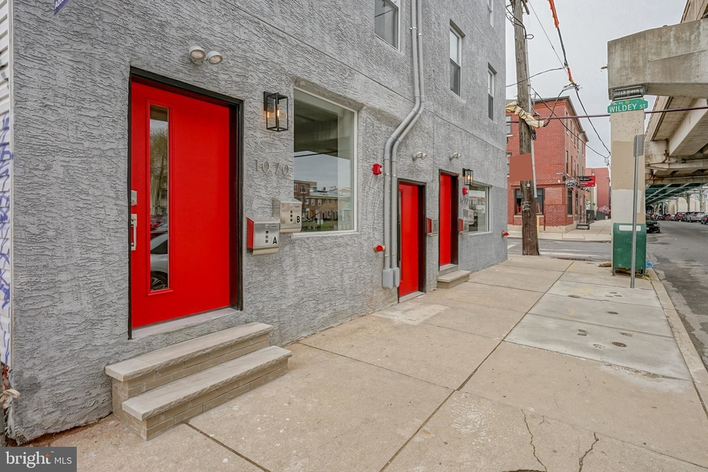 1070 N Front Street - Photo 1