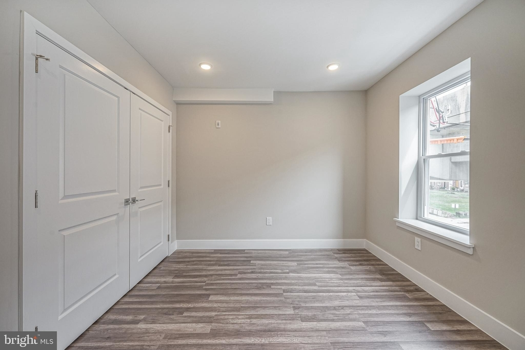 1070 N Front Street - Photo 15