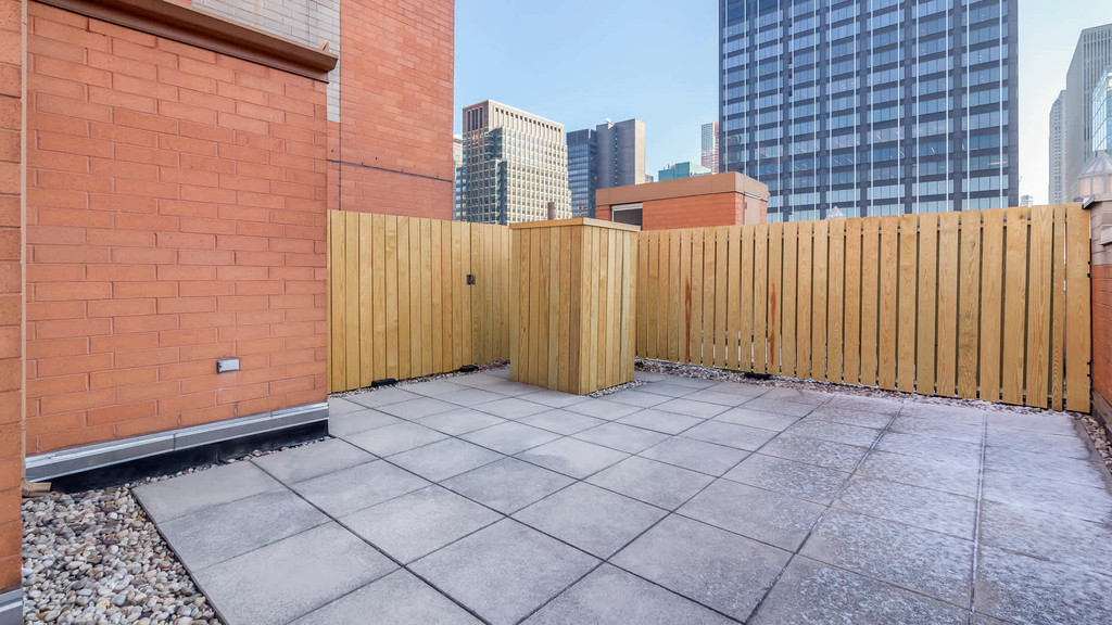 305 West 50th Street - Photo 31