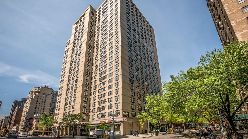 240 East 27th Street - Photo 1