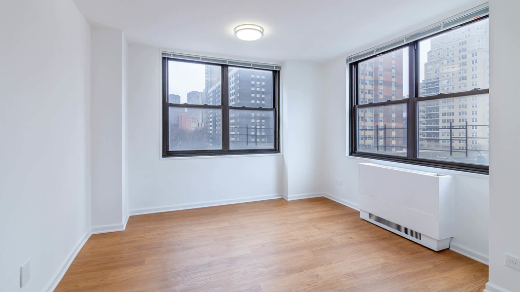 240 East 27th Street - Photo 10