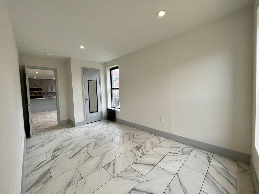 201 East 116th Street - Photo 7