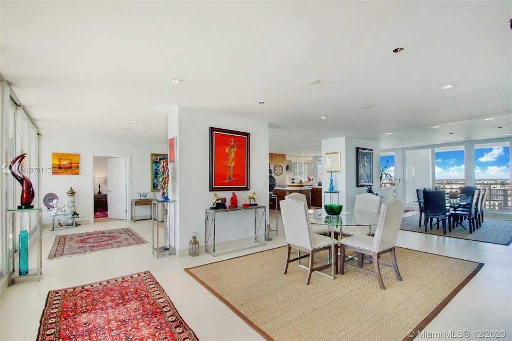 1541 Brickell Ave - Photo 7