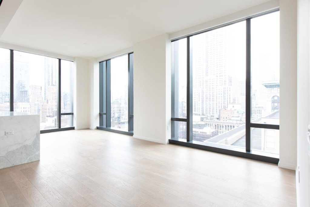 277  Fifth Ave - Photo 2