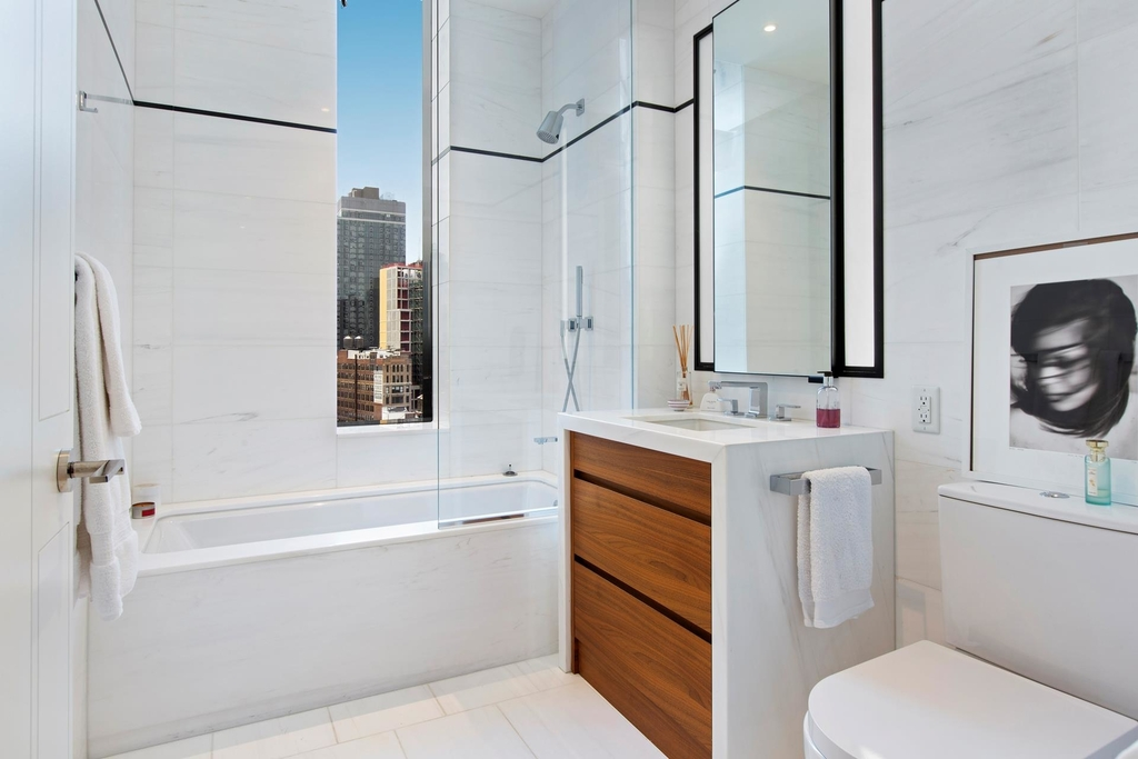 277  Fifth Ave - Photo 12