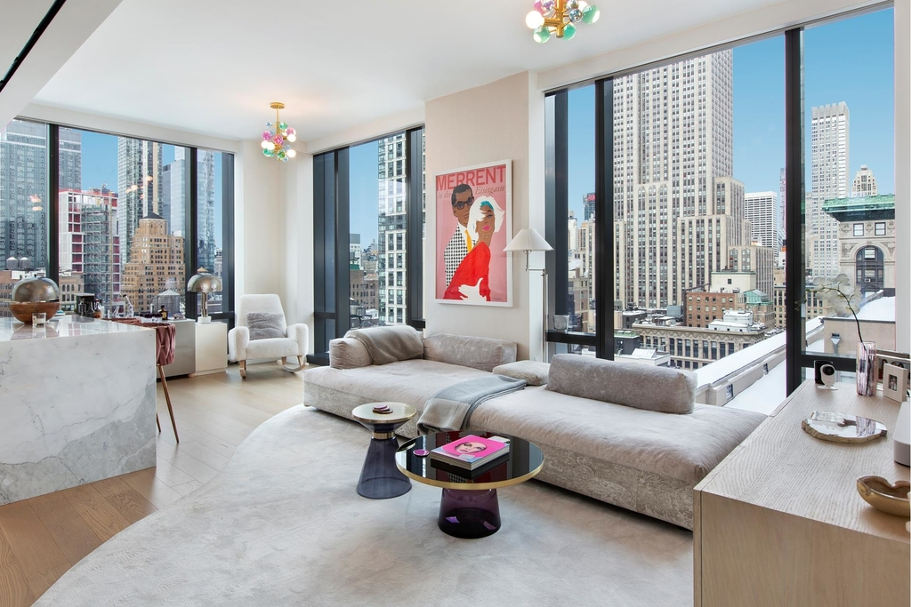 277  Fifth Ave - Photo 4