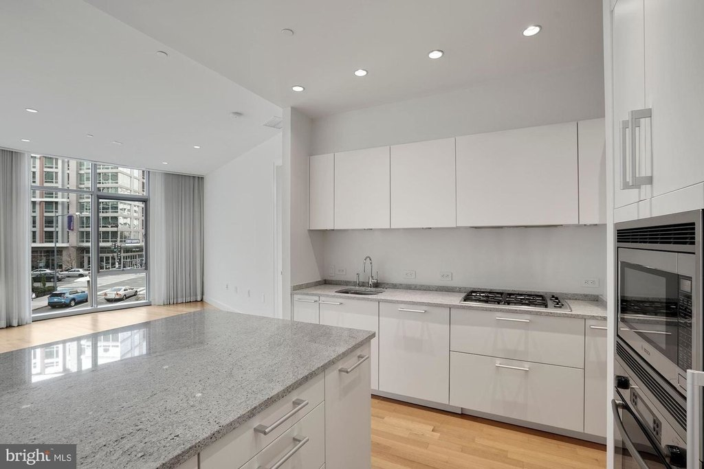 1177 22nd St Nw #2m - Photo 15