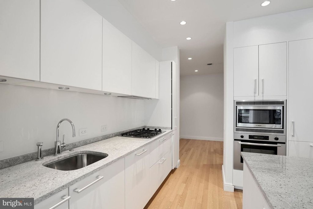 1177 22nd St Nw #2m - Photo 17