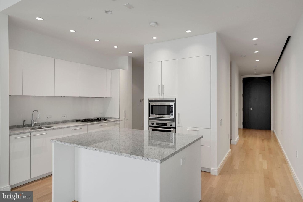 1177 22nd St Nw #2m - Photo 12