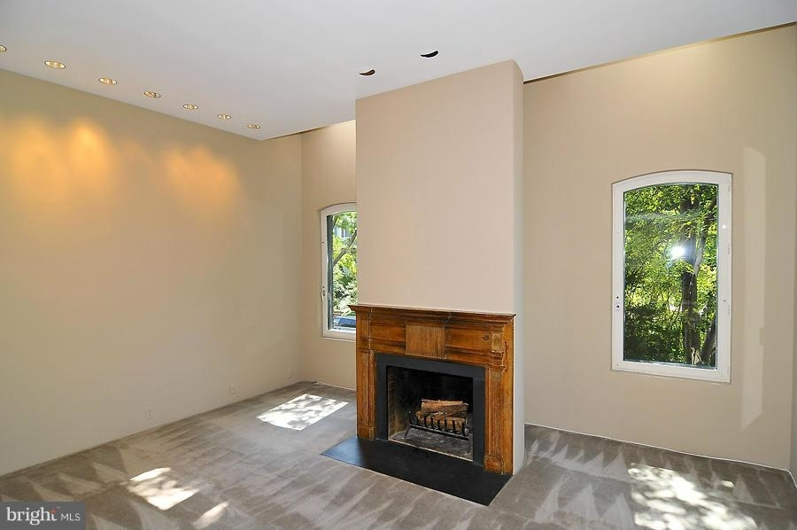 901 26th Street Nw - Photo 3