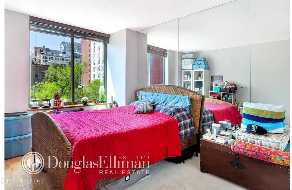 127 East 30th St - Photo 4