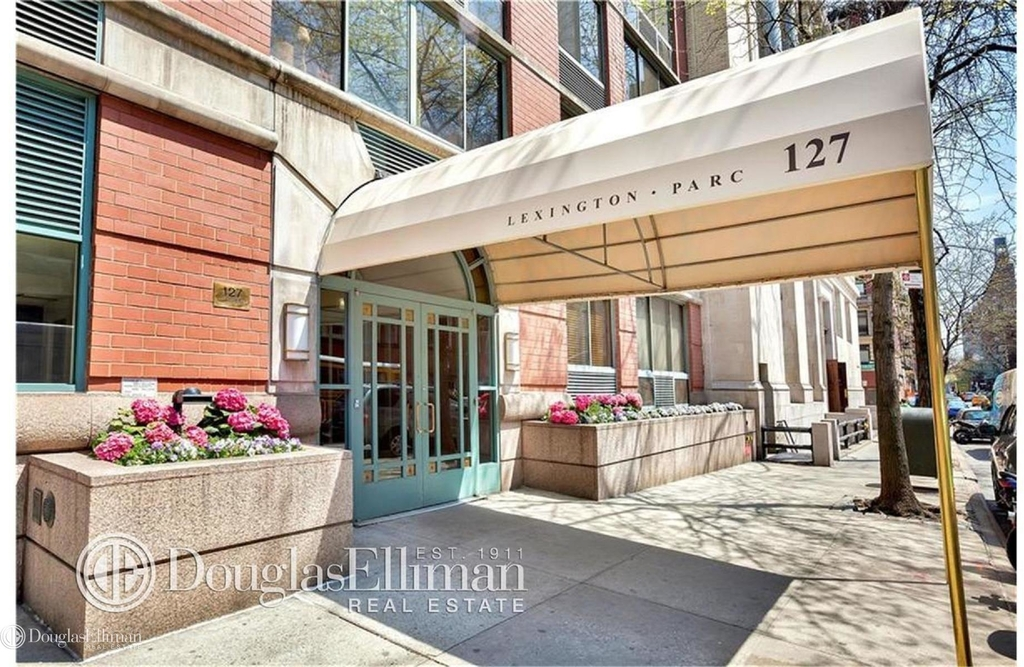 127 East 30th St - Photo 7