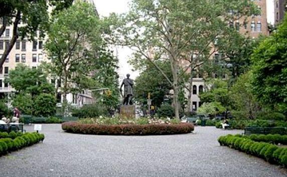 8 Gramercy Park - Photo 0