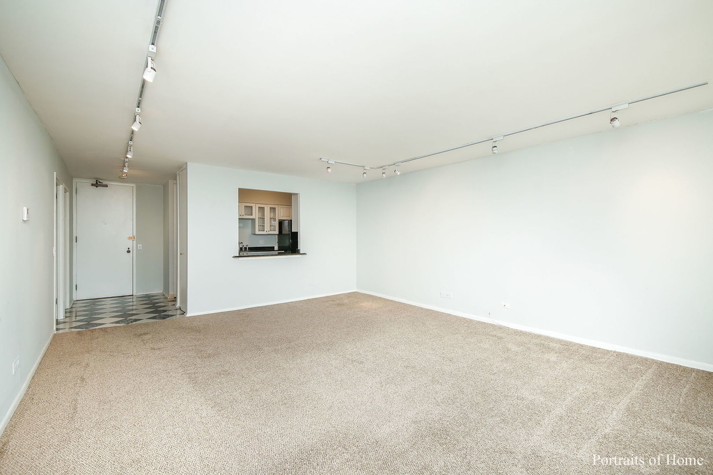 2500 North Lakeview Avenue - Photo 4