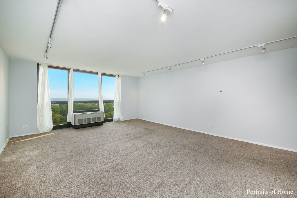 2500 North Lakeview Avenue - Photo 3