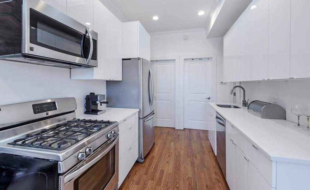 508 Lafayette Avenue - Photo 1