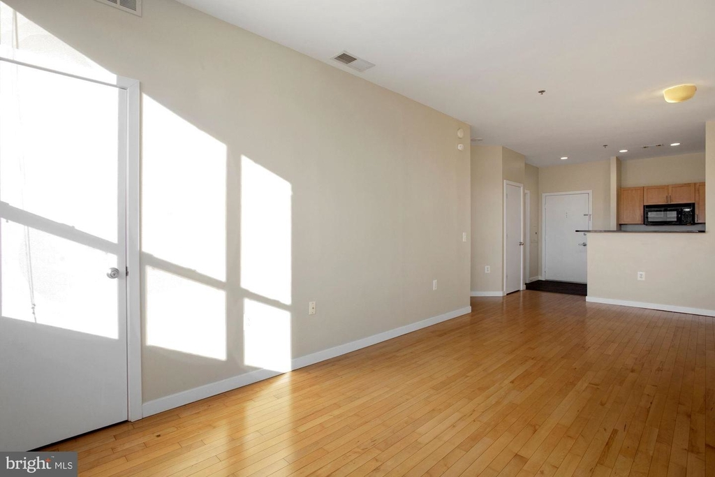 3883 Connecticut Ave Nw #903 - Photo 7