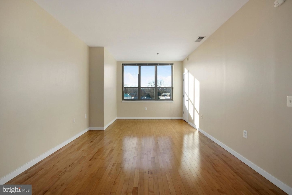 3883 Connecticut Ave Nw #903 - Photo 5