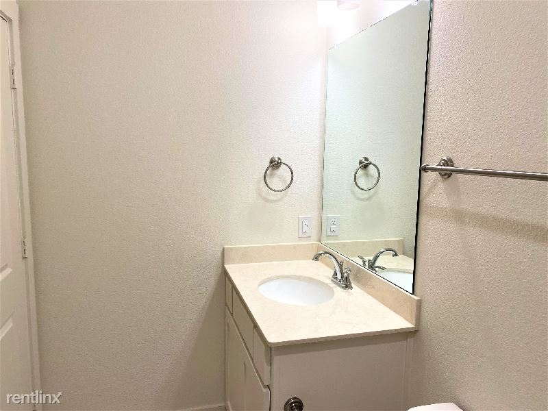 3908 Cresthill Drive - Photo 39