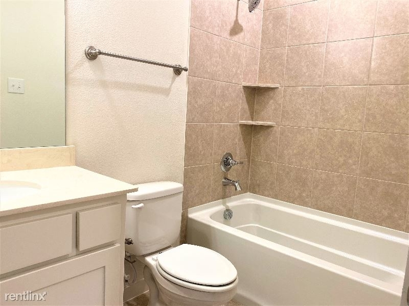 3908 Cresthill Drive - Photo 38