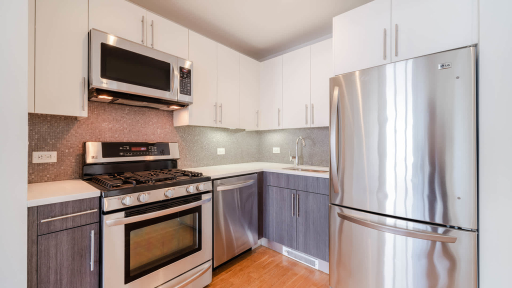 175 Kent Avenue - Photo 3