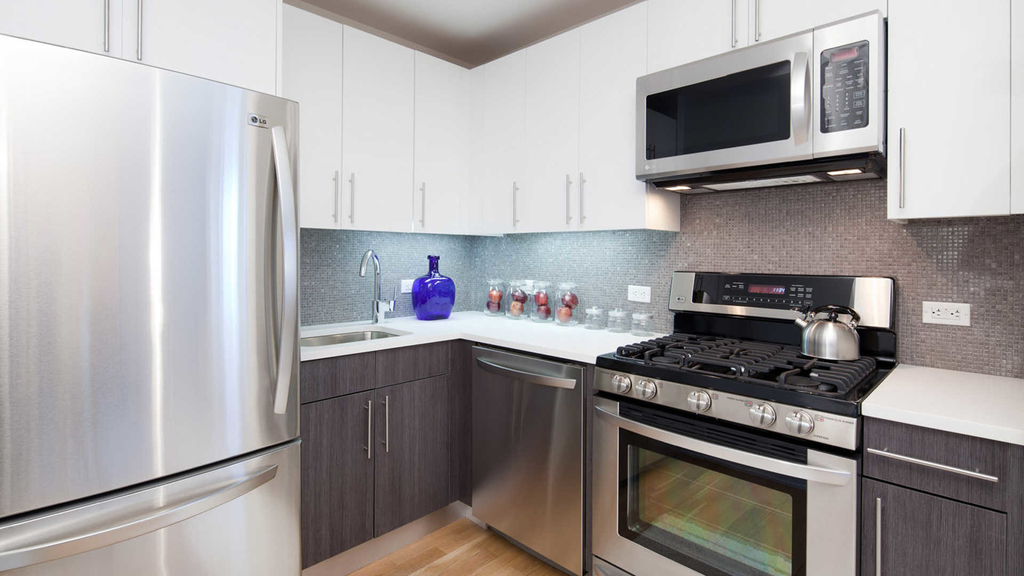 175 Kent Avenue - Photo 4