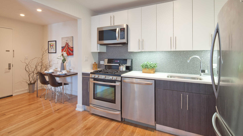 175 Kent Avenue - Photo 5