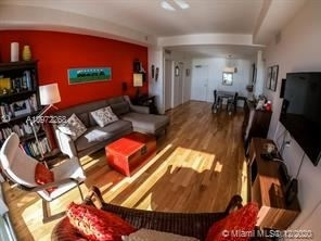 5600 Collins Ave - Photo 9