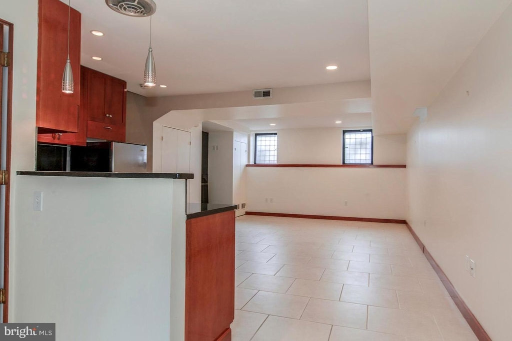 1401 35th St Nw - Photo 43
