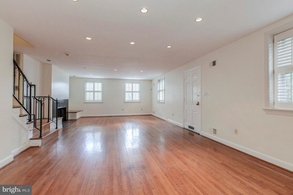 1401 35th St Nw - Photo 17