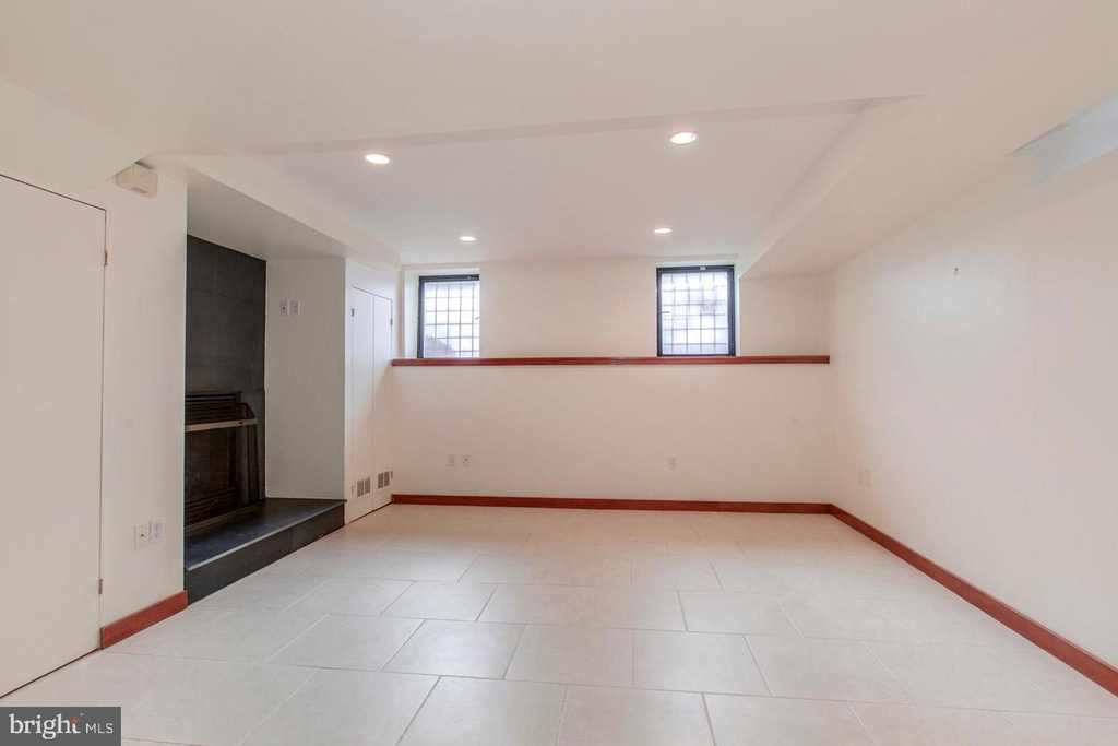 1401 35th St Nw - Photo 44
