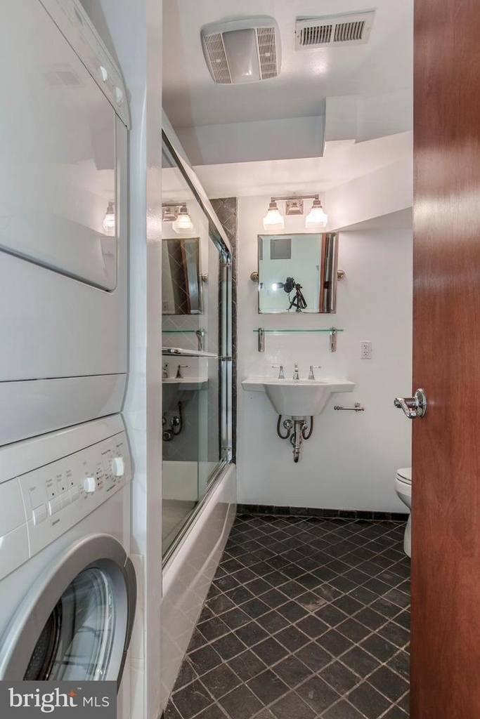 1401 35th St Nw - Photo 47