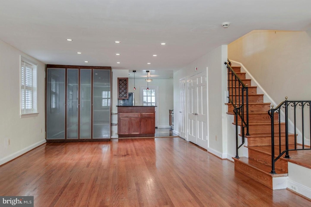 1401 35th St Nw - Photo 20