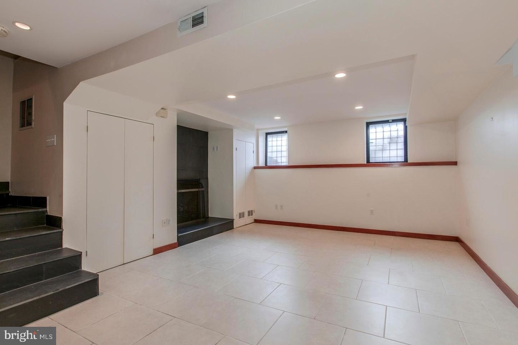 1401 35th St Nw - Photo 45