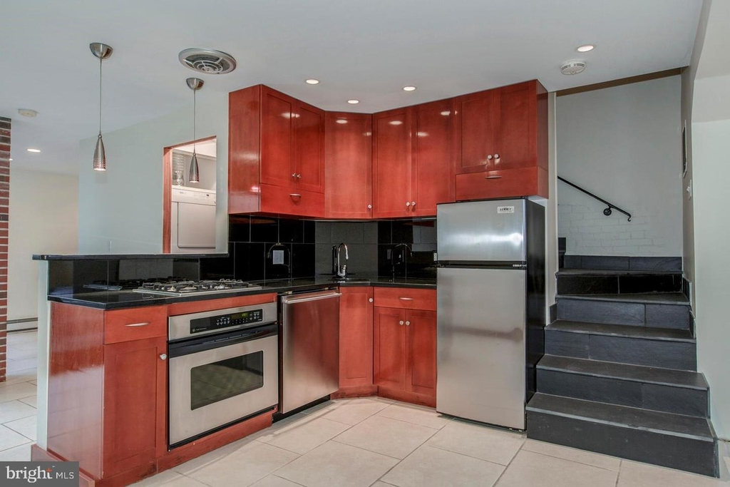 1401 35th St Nw - Photo 38