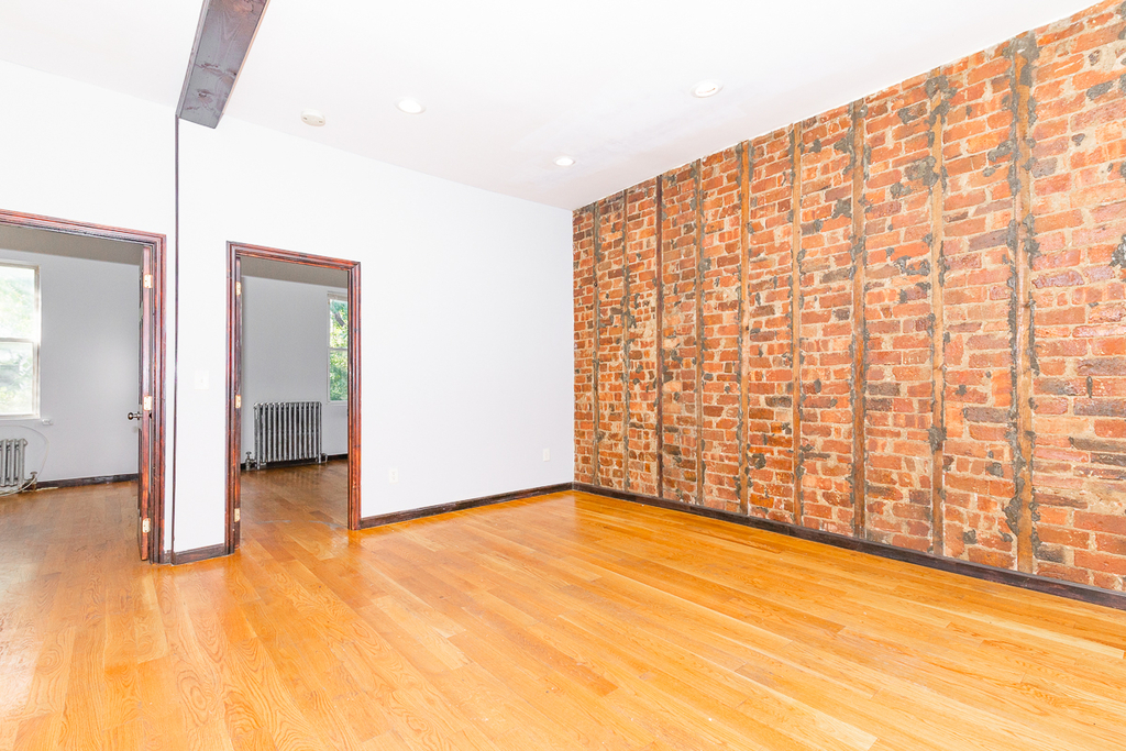 901 Willoughby Avenue - Photo 4