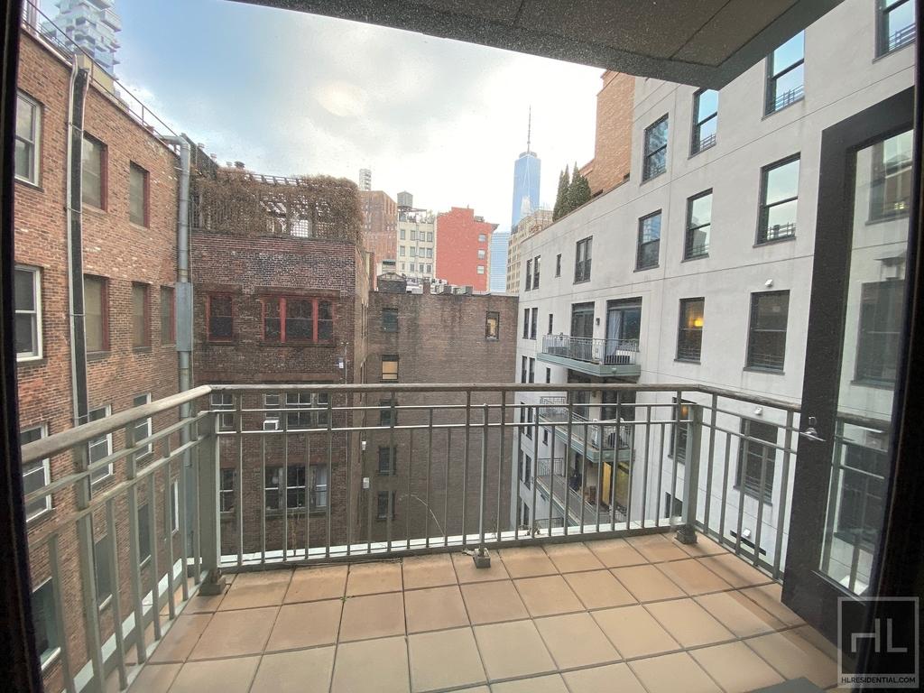 124 Hudson Street - Photo 2