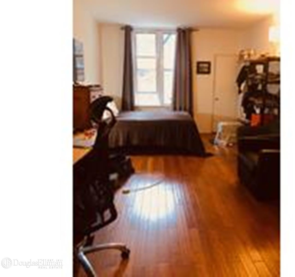 427 East 80th Street - Photo 1