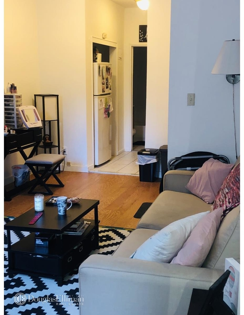 427 East 80th Street - Photo 3